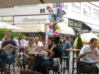 Ein Kaffee in Zagreb ist relativ günstig. Die kroatische Hauptstadt ist im Ranking die zweitgünstigste Stadt. Foto: Bernd Kubisch
