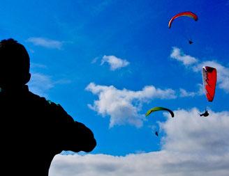 fliegen die Gleitschirme immer höher
