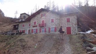 Rifugio Cometti all'Alpe Piasci