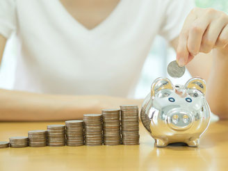 CheckEinfach | Stromvergleich mit bis zu 340 € Ersparnis