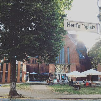 Schillermarkt at Herrfurthplatz in Neukölln