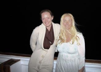 Ines, unsere wundervolle Büro-Fee und Chris an Bord der Blue Waves