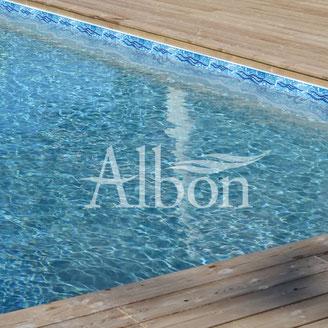 Frise pour liner alpilles luberon piscines construction for Entretien liner piscine