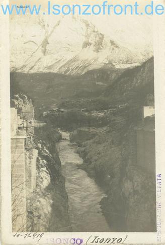 Die gesprengte Brücke im Oktober 1919. Sammlung Isonzofront.de