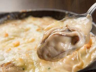 写真:広島産牡蠣のゴルゴンゾーラグラタン