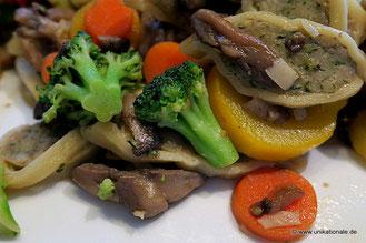 Maultaschen-Gemüse-Pfanne mit Pilzen 3