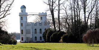 Das Schloss auf der Pfaueninsel. Foto: Helga Karl