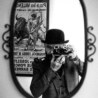 Sicile, Catane, selfportrait, autoportrait, black and white, noir et blanc, art, sicily, italie, italy, italia sicilia catania