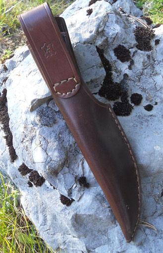 Exemple d'étui en cuir