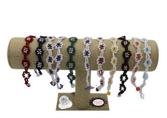 Adronie, des bracelets à la dentelle de crochet