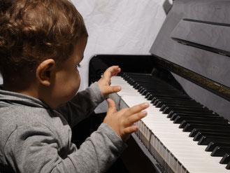 cours de piano et éveil musical petite enfance