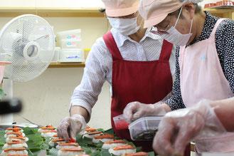 茶の里野菜村 できたて朴葉寿司の製造・販売 岐阜県東白川村