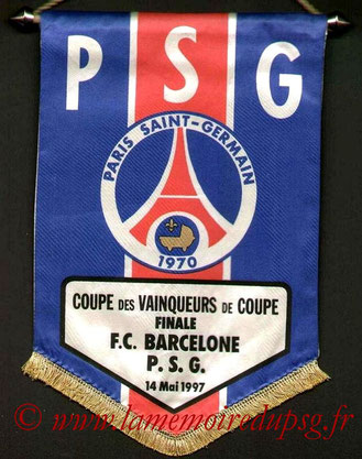 Fanion Officiel PSG-FC Barcelone  1996-97