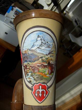 Matterhorn und Wappen auf Büchel gemalt  ca. Fr. 200.- (ohne Büchel)