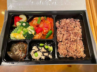 食事体験型栄養セミナー(管理栄養士監修お弁当)