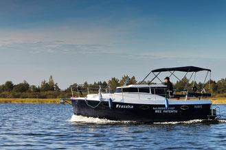 Hausboot LAGUNA CRUISER 700 | 3+2 Kojen | ohne Führerschein