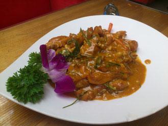 ピリ辛ココナッツ風味の鶏肉は「辣炒椰汁鸡肉」、42元。