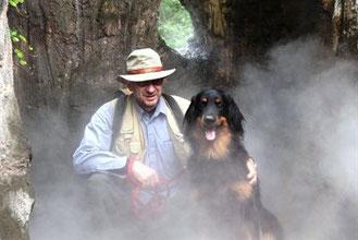 Der Autor Peter und Ares