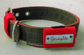 Beispiel: Halsband mit passendem Markentäschchen in rot mit Borte 'Glückspilz,hellblau'