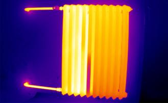 Analyse unregelmäßiger Temperaturverteilung in Heizungen und Heizungsinstallationen, z.B. verstopter Heizkörper