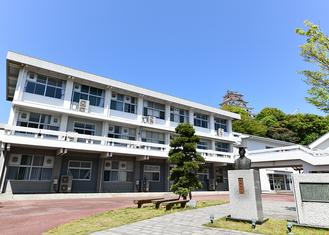 早稲田佐賀中学校・高等学校