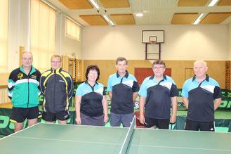 Die Teams TTSG Weinviertel und Sierndorf/1 sowie Sierndorf/2 spielten in der Klasse 50 + Ost/Süd.