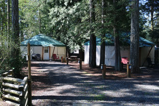 Luxury Yurts - Riverbend Cottage & RV Resort - Hotel,Yurts