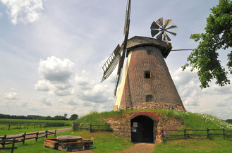 Windmühle Südhemmern © G.Hedrich, Mühlenkreis Minden-Lübbecke