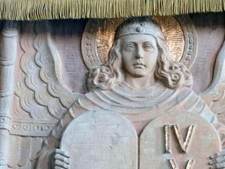 Engel an der Sandsteinkanzel von St. Martin in Flehingen