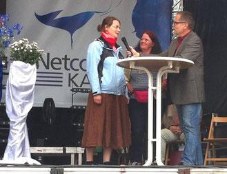 Im Gespräch mit Christoph Baumanns: Karin (Mitte) und Katharina