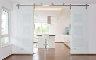 Фурнитура для откатных и распашных дверей, душевые и мебель от MWE Edelstahlmanufaktur Gmbh