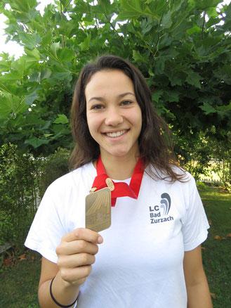 Leonie Neff Bronze im Speerwerfen