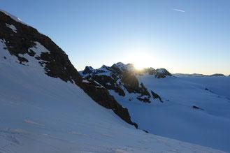 Gross Schärhorn, Skitour, Klausenpass, Chammlialp, Griessgletscher, Chammlilücke, Nordflanke, Clariden, Sonnenaufgang