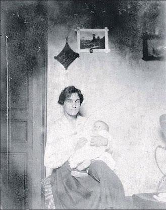 Гала с дочерью Сесиль