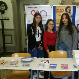 von links: Concetta, Mariaclara und Leyla