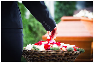 Eberswalde Bestattungen Deufrains Trauerfeier Sarg Finow