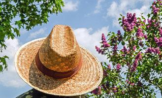 3 ans de mariage : Un chapeau de paille