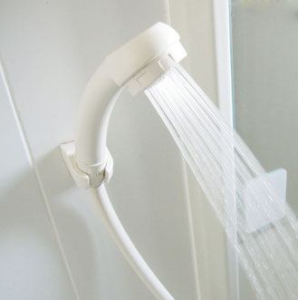 シャワーヘッドも節水型など色々ありますね~