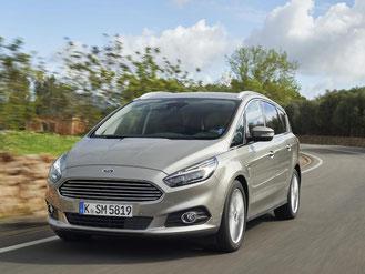 Mehr Ausstattung, besseres Ambiente und eine Menge Fahrspaß bietet der neue Ford S-Max. Foto: Ford