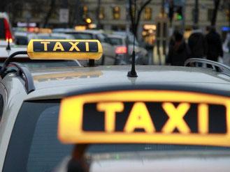 Uber fühlt sich von der Bundesregierung unfair behandelt, weil das US-Unternehmen in Deutschland nur eingeschränkt operieren kann. Foto: Rene Ruprecht