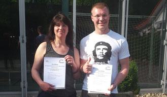 Sylvia Kuhnhenn und Roman Dragin nach bestandener Prüfung