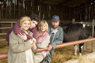 Louane Emera, Luca Gelberg, Karin Viard et François Damiens: une famille en or pour le cinéma français (©Mars Distribution)