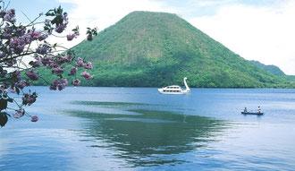 榛名富士と湖 湖畔の宿ノモデル地