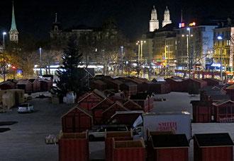 Sechseleuläuten-Platz, Weihnachtsmarkt. Zürich