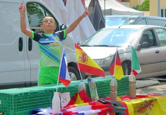 03. Juli 2016 - Fussballfieber auf dem Markt