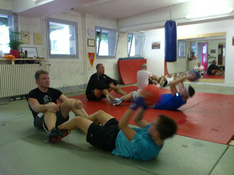 Bauchmuskeltraining Fitness-Boxen @ M's-Gym Bern August 2012
