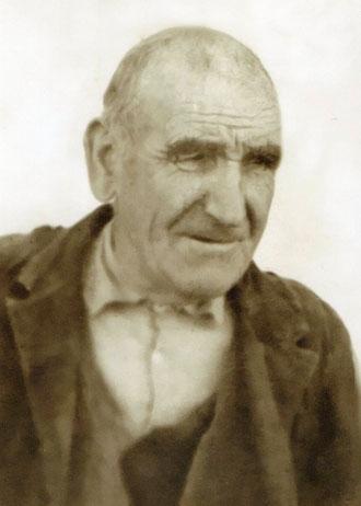 Abuelo Ángel. F. P. Privada.