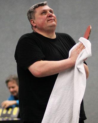 Trafen zuletzt als Jugendliche aufeinander: VfL-Spitzenspieler Jacek Wikarek...