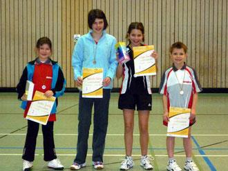 von links: Judith Endres, Katrin Benedini, Tamina Weger und Yannick Weger