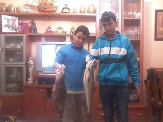 BORJA Y ANDRES,FUTURAS PROMESAS DE LA PESCA EN MOTRIL